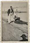 """Joao, le père """"africain"""", le jour de son départ de Lisbonne, 1929"""