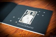 """La photo de mariage de Fernanda dans le livre """"Accepte-le, Un Album portugais 1919-1979"""" de Céline Gaille"""