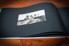 """Photo de vacances de Fernanda dans le livre """"Accepte-le, Un Album portugais 1919-1979"""" de Céline Gaille"""