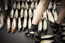 Shoe corner in the fitting room before Ulyana Sergeenko's Haute-Couture runway show. Le coin chaussure dans la salle d'essayage avant le défilé Haute-Couture de Ulyana Sergeenko.