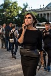 French journalist, stylist and model Carine Roitfeld in front of the Petit-Palais, July 3rd 2017. La journaliste, styliste et mannequin française Carine Roitfeld devant le Petit-Palais, le 3 juillet 2017.