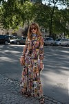 Ece Sukan, turkish Vogue editor, Place Vendôme, July 3rd 2017. Ece Sukan, éditrice de Vogue Turquie, Place Vendôme, le 3 juillet 2017.
