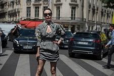 Russian fashion designer Ulyana Sergeenko in the street after Elie Saab runway show, July 5th 2017.La créatrice de mode russe Ulyana Sergeenko dans la rue après le défilé Elie Saab, le 5 juillet 2017.