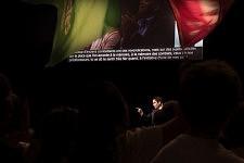Crowd of supporters and activists listening to Benoit Hamon, french socialist candidate at the Presidential elections on stage in the Zenith, Toulouse. Le public de militants et sympathisants écoutant Benoit Hamon, candidat socialiste à l'élection présidentielle sur la scène du Zénith à Toulouse.