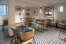 Salle de restauraut de l'Hôtel-restaurant le Sixty-Two, Toulouse, Octobre 2017.