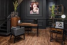 Reception hall of Christophe Versolato hairstyle place, Toulouse, April 2017. Entrée du salon de Coiffure Christophe Versolato, Toulouse avril 2017.