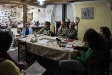 Réunion de l'association ACARM09 avec les membres tous bénévoles et militants pour la cause des migrants dans le Couserans, Ariège