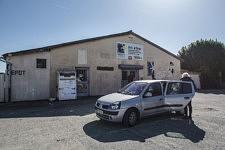 Réunion mensuelle entre les associations de solidarité dans les locaux d'Emmaus Pamiers, Ariège