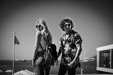 Young canadian couple on vacation on the riviera, Cannes, May 2017. Jeune couple de canadiens en vacances sur la Côte d'Azur, Cannes, Mai 2017.