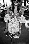 Tara Bosstick, Californian it-girl, on the Croisette, Cannes Film Festival 2017. Tara Bosstick, it-girl californienne, sur la Croisette, Festival de Cannes, 2017.