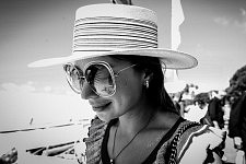 Young and rich russian girl on holidays posing on the Croisette, Cannes Film festival 2017. Jeune et riche femme russe en vacances posant sur la Croisette, Festival de Cannes 2017.
