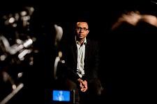 Pap N'Dyaie sur le tournage de Notre Monde de Thomas Lacoste, 2012.
