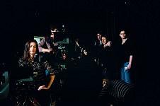 Equipe du film pendant le tournage de Notre Monde, 2012.