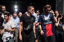 Exit of the Y/project runway show guests during the men's fashion week SS18, in Paris, June 21, 2017. Sortie des invités du défilé Y/Project, pendant la semaine de la mode SS18, Paris, le 21 juin 2017.