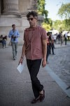 David Thielebeule before a fashion show outside le Grand Palais, June 23, 2017.David Thielebeule pendant la semaine de la mode Homme, avant un défilé, devant le Grand Palais, le 23 juin 2017.