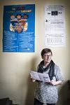 Rose, an activist and volunteer for Le Secours Populaire, a friend of Mireille Becchio in her office. Rose, militante et bénévole pour le Secours Populaire et amie de Mireille Becchio.