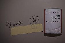 Door of the former secretariat where is written the name of the occupying family, Hôpital de la Grave; Dermatoligical building, Toulouse, Feb. 24 2017.Porte de l'ancien secrétariat où est inscrit le nom d'une famille occupante, hôpital de la Grave, bâtiment de dermatologie; Toulouse, 24 février 2017.