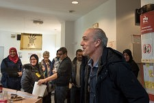 Arrival of Philippe Poutou at the dermatological building, Hopital de La Grave, Toulouse, Feb. 24 2017.Arrivée de Philippe Poutou au bâtiment de dermatologie occupé, hôpital de la Grave, Toulouse, 24 février 2017.